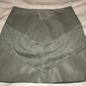Zara green skirt size Medium